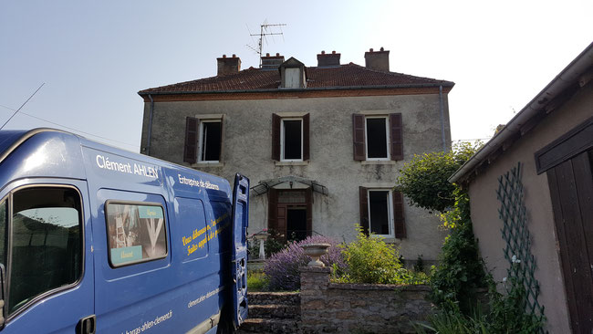 Débarras complet d'une maison de maître vers Dijon - entreprise AHLEN Clément