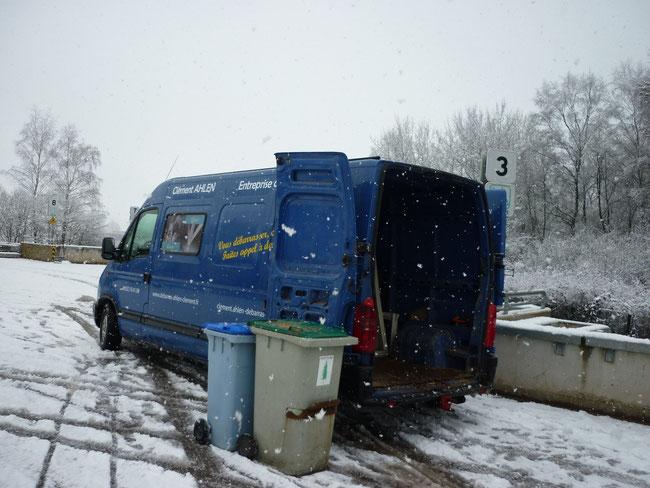 Dépôt en déchetterie à Saône sous la neige!