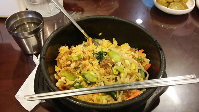 僕のお昼♪ビビンバ!!ビビンバって韓国語なんですね!!!!