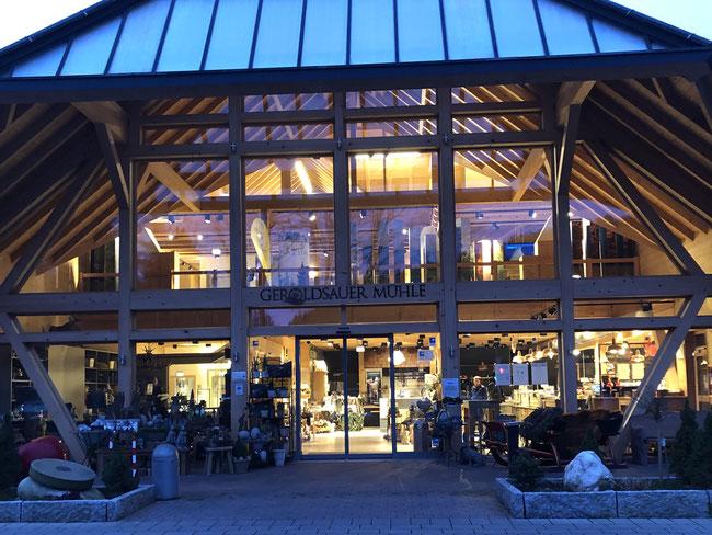 Geroldsauer Mühle in einem Schwarzwaldtal am Rand von Baden - Baden - Hier findet das Akquisitions-Seminar traditionell statt