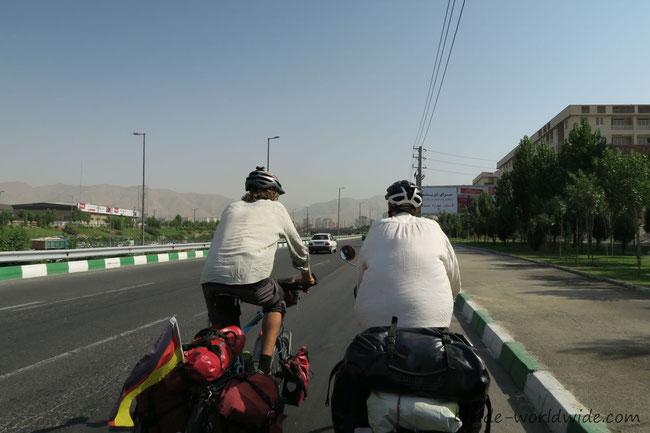 Nach Tehran rein rollts prima