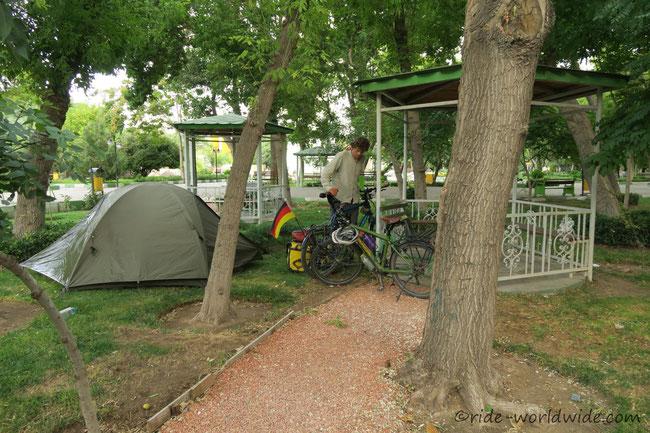 Im Stadtpark in Tabriz
