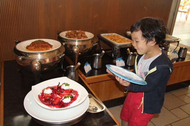 ルネッサンス リゾート オキナワ 沖縄 子連れ レストラン セイルフィッシュカフェ