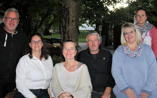 Der Vorstand: Colette Hahn, Ina Fuy, Andy Schmaus, Gabi Freitag, Peter Herget & Nadine Würz