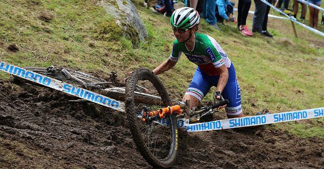 © Facebook/Maurice Klötzlen: Aufstehen, nie aufgeben: Eva Lechner beim Weltcuprennen in La Bresse