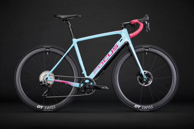 Das Focus Projekt-Y-Plattform bringt ein aufregendes E-Rennrad-/Gravel-/CX-Konzept auf den Markt.
