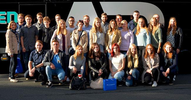 Die Azubis der WERTGARANTIE Group freuen sich auf das neue Ausbildungsjahr ©Wertgarantie