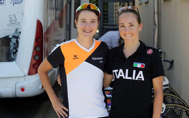 Marianne Vos, Cross-Siegerin 2016 in Zolder, mit Eva Lechner (r.)   © Anton Vos
