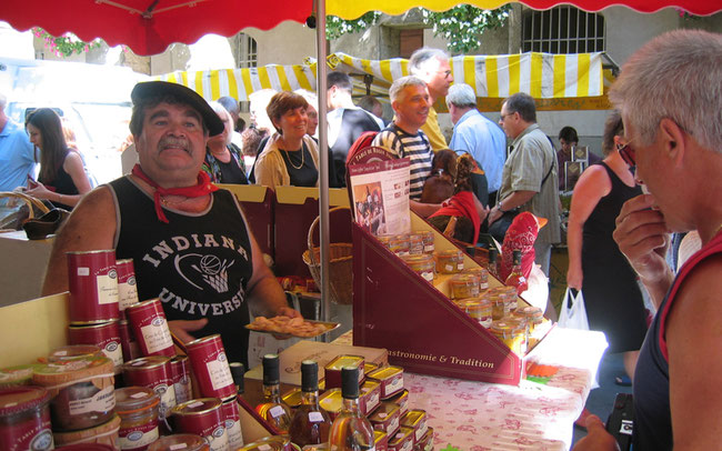 Markt in der Provence –ein Genuss! © Rückenwind Reisen
