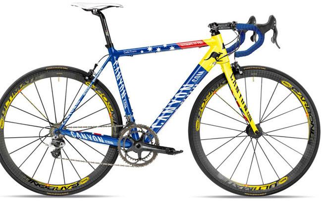 Der Australier Cadel Evans gewann die Straßenrennen-WM 2009 in Mendrisio auf dem Ultimate CF © Canyon Bicycles