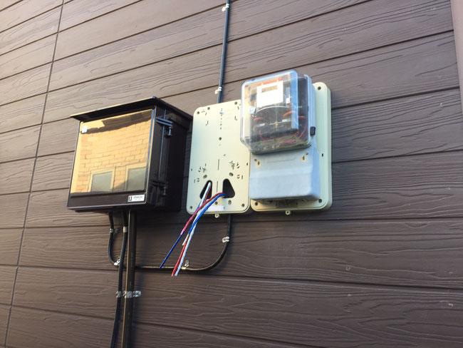 電源メーターベースと分電盤