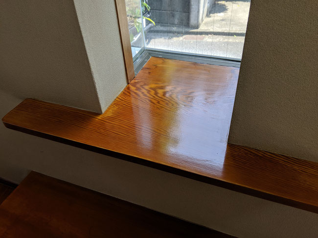 窓枠ニッチ施工後