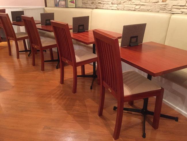マホガニーメタルレッグカフェテーブル