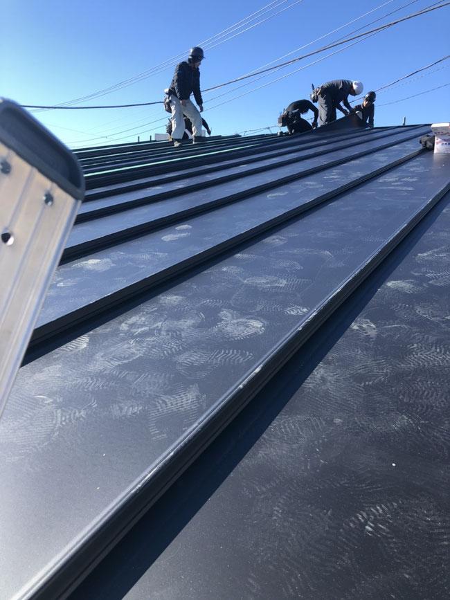 屋根工事(ガルバニウム鋼板タフビーム)