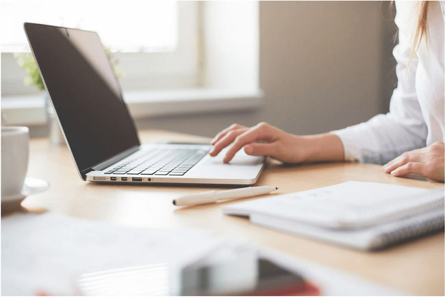 Want a flexible work schedule? Tech savvy? Have a background in nutrition and social media? I'm now hiring for a social media virtual assistant and nutrition communications coordinator. #nowhiring #jobopening #careeradvancement #dietitianjobs