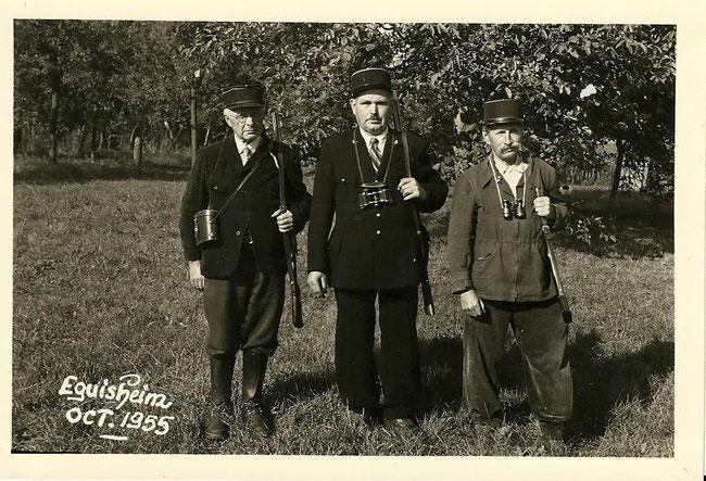 1955 Les trois gardes champêtres d'Eguisheim  de gauche à droite LIGIBEL Georges, FUHRER Fernand, GEORGER Camille