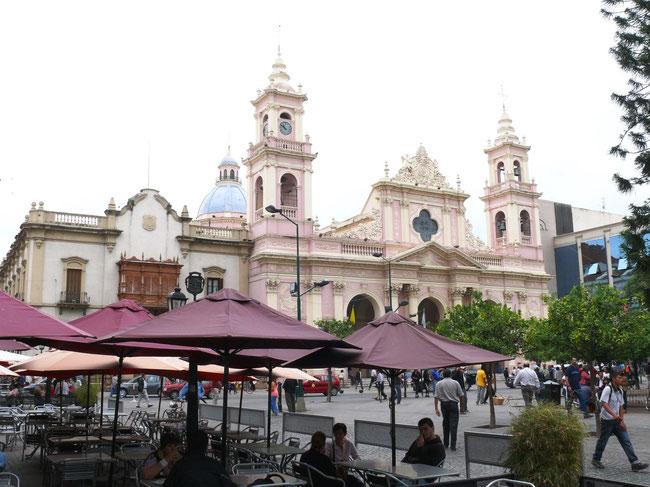 Die Kathedrale in Salta (Foto Jörg Schwarz)