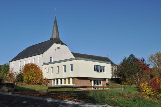 Pfarrheim und Bücherei Zerf