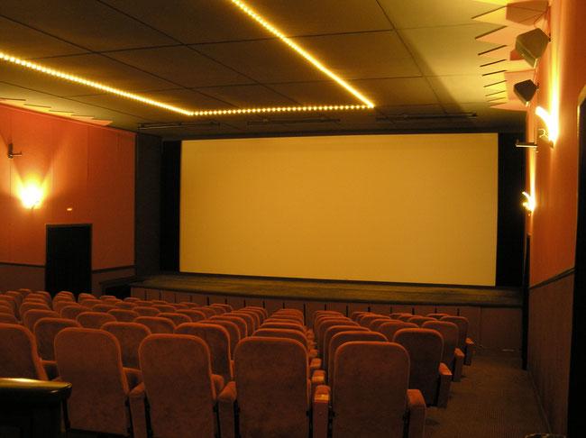Saal im Kinotheater Brienz