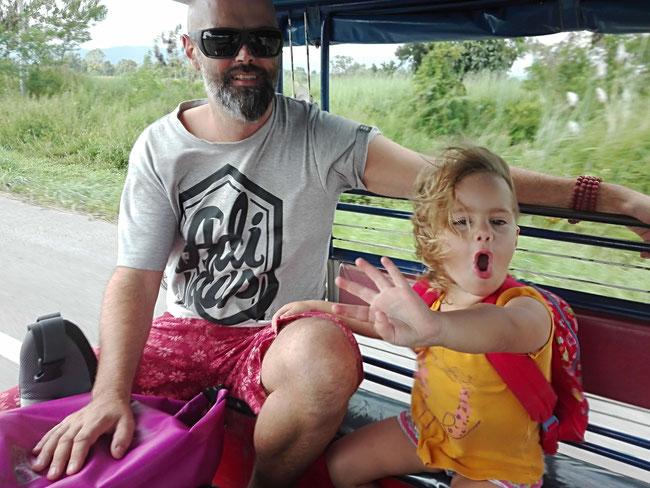 Tuk Tuk Chiang Rai Chiang Khong, Slowboat, Thailand, Laos, Luang Prabang, Mekong, Kind, Familienreiseblog