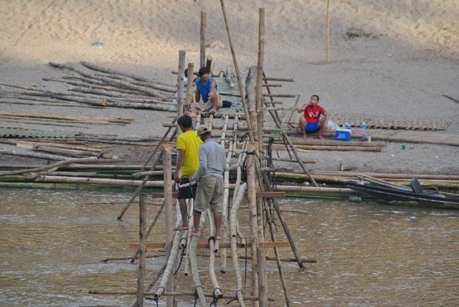 Luang Prabang, Brücke, Bambus, Bambusbrücke