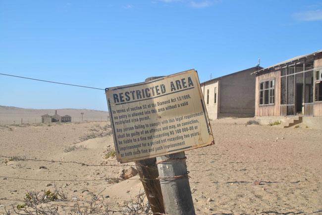 Kolmannskuppe, Kolmanskop, Namibia, Geisterstadt, Wüste, Diamanten, Sperrgebiet