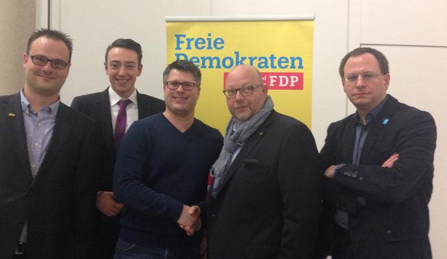 Kreisparteitag der FDP Bochum: stellv. Vorsitzende Marc Hövermann & Leon Beck, Christian Leson FDP OE, Vorsitzender Olaf in der Beek, stellv. Vorsitzender Felix Haltt (20.02.2016)
