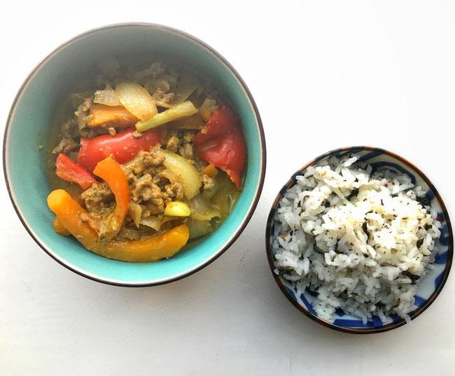 Japanse curry met pompoen, paprika, sjalotten en gehakt