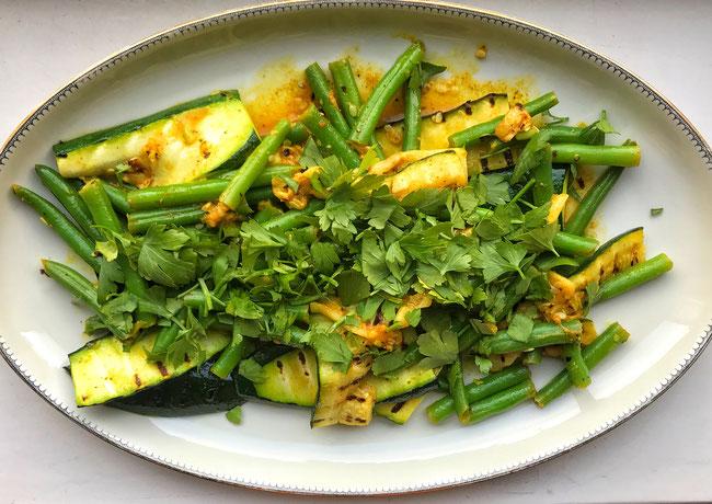 Courgette met boontjes limoen en kerrie