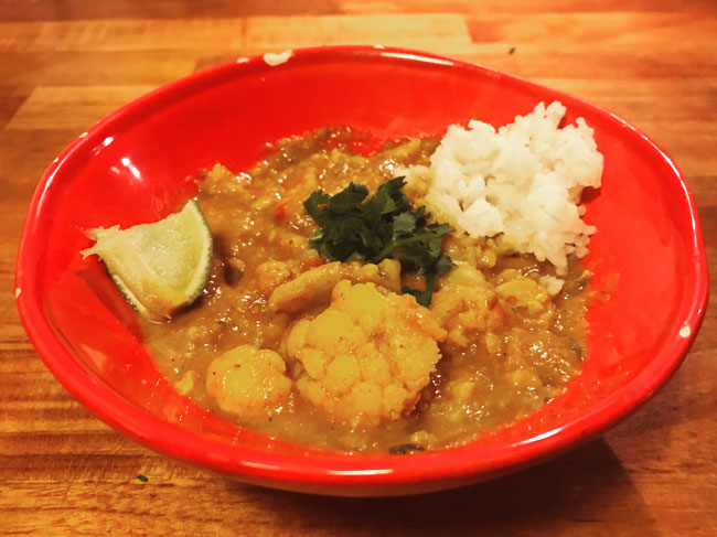 Indiase groente curry met bloemkool