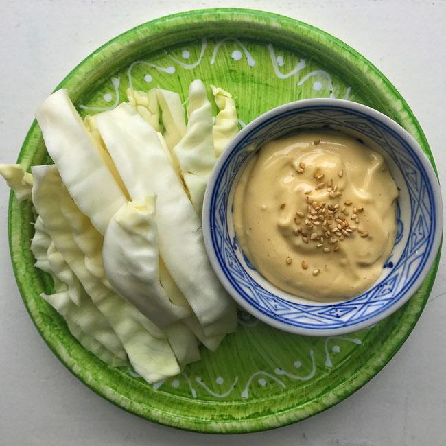 Aziatische mayonaise in 1 minuut met rauwkost