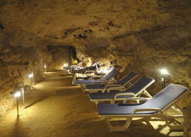 Tapolcai Gyógybarlang barlangterápia - Пещерная терапия Таполца