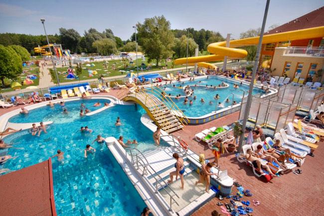 Zalakarosi Fürdő - Залакарошская купальня