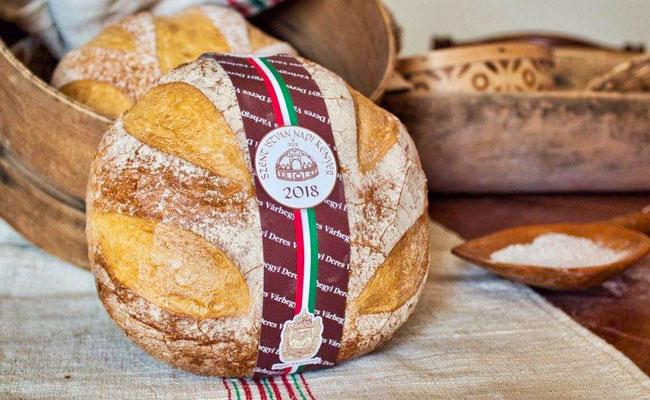 Szent István napi kenyer - Хлеб Дня Святого Иштвана