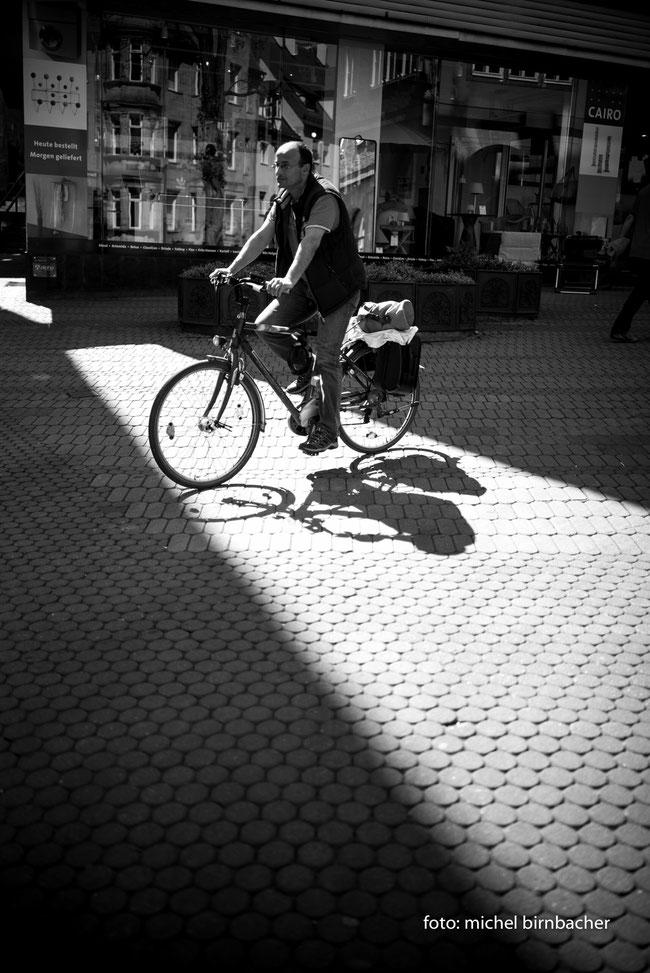 Der Radfahrer, Leica M Monochrom (Typ 246), 35mm