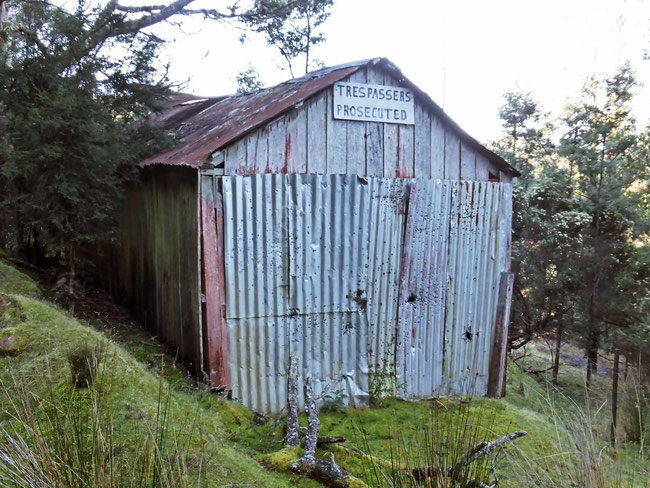 An uninviting rustic shed