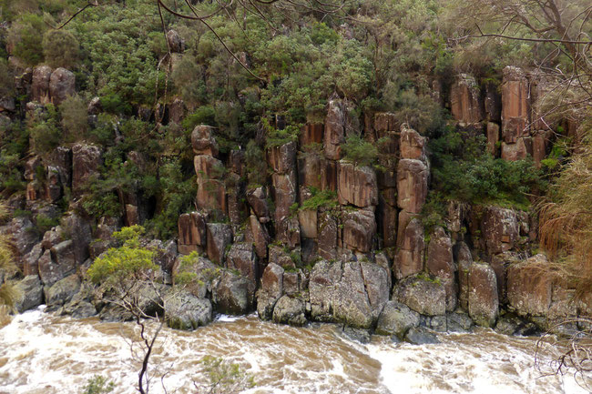 Cataract Gorge cliffs