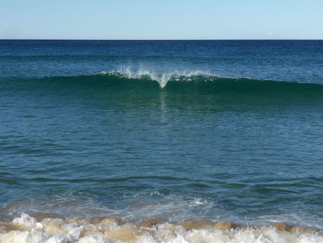 Crystal clear water with sweet little waves