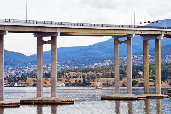 The big gap between the Tasman Bridge pylons