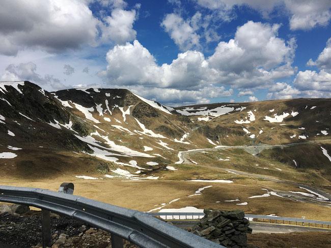 """Eine Fahrt über die Transalpina, """"die Straße der Könige"""", ist immer wieder aufs Neue ein Erlebnis."""