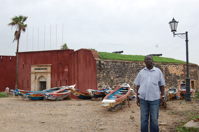 Vuestro Guia-Mamadou