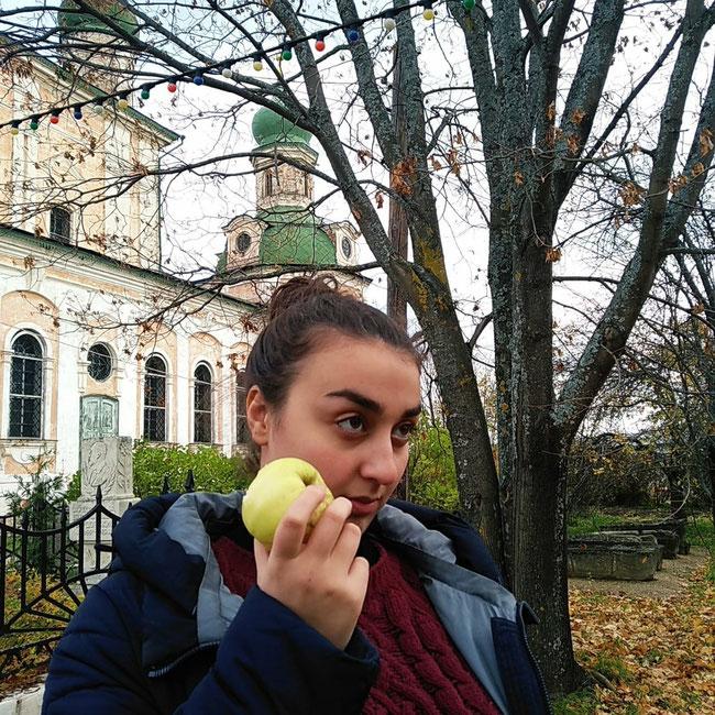 Монастырские яблоки