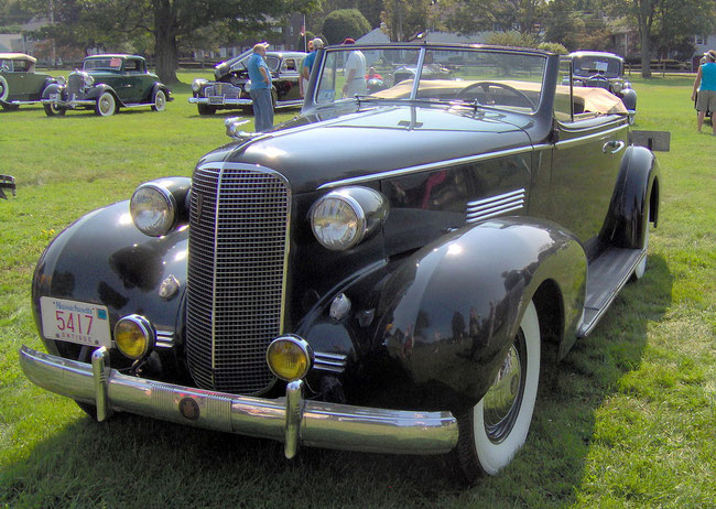 Cadillac Series 70 Convertible Coupe, 1937