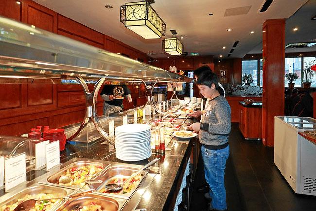 Mit Selbstbedienungs-Buffet, familienfreundliches Restaurant in Konstanz