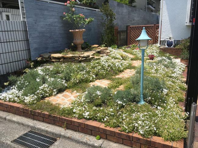 広島の庭 庭づくり 廿日市 ガーデン ばら ガーデンルーム テラス パーゴラ