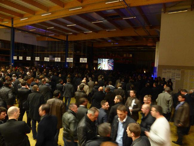 Discours du PDG avec vidéo lors d'une soirée d'entreprise (800 invités)