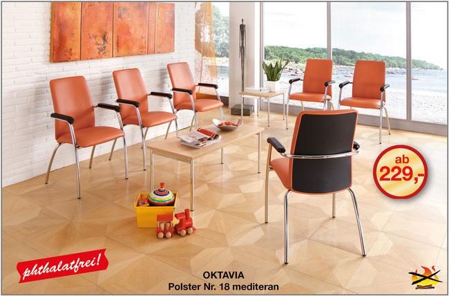 Der Wartezimmerstuhl Oktavia erreicht mit seinem Hochrücken das höchste Maß an Komfort und Bequemlichkeit. Das Rückenpolster ist bis auf den Sitz durchgezogen - so entsteht kein Zugluftgefühl im Rücken.