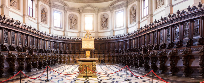Bild: Das Innere der Basilika Giorgio Maggiore auf der gleichnamigen Insel in Venedig