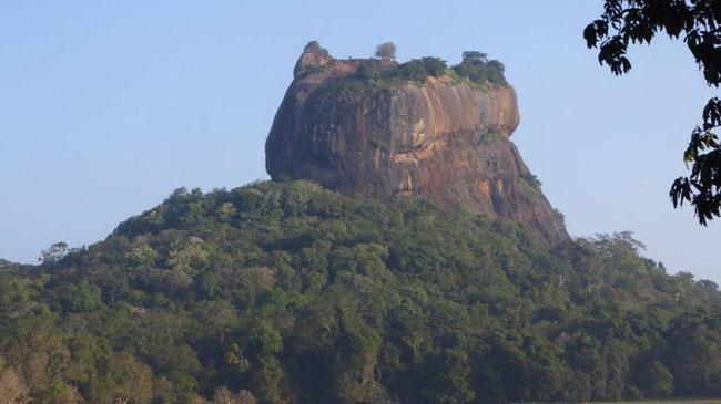 Bild: Sigiriya-Rock (Löwenfelsen) bei Dambulle in Sri Lanka