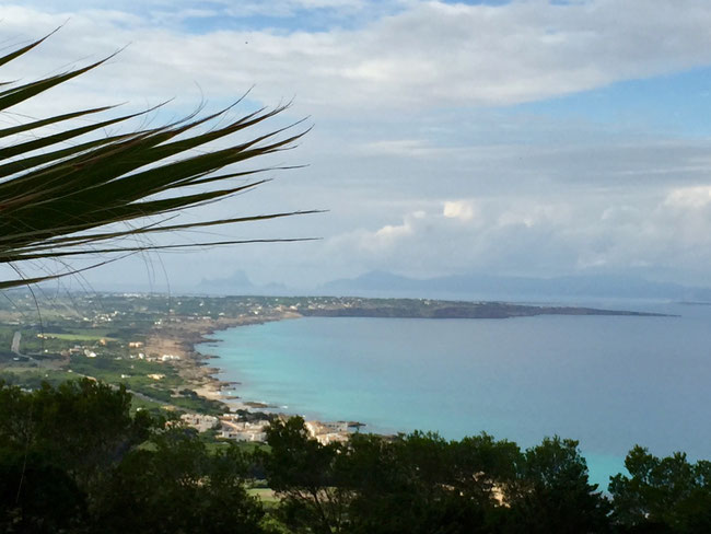 Die Bucht von Es Mirador